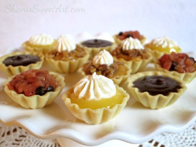 Lilly Pilly Compote and French Custard Tartlet