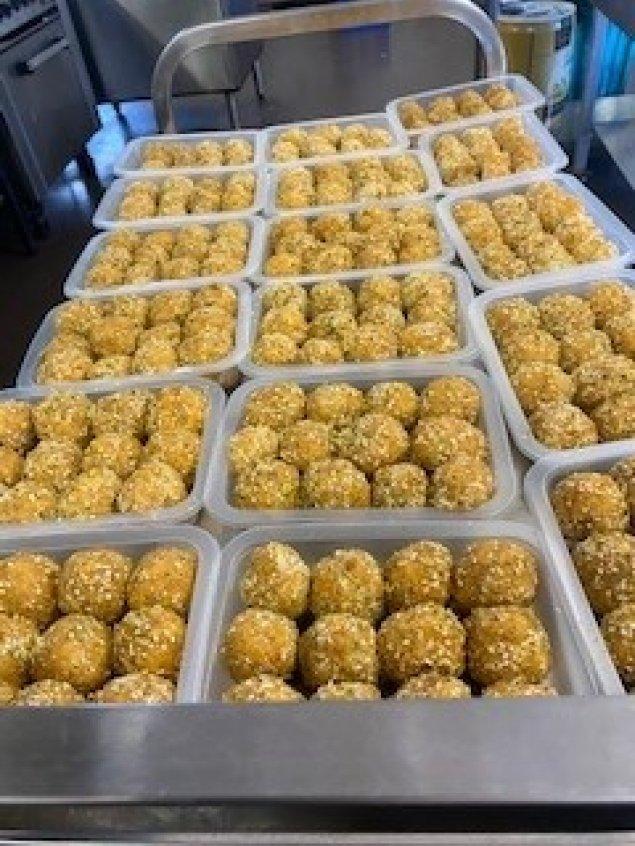 Wattle Seed, Bunya Nut, Cashew & Apricot Balls