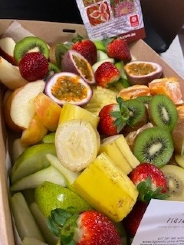 Fresh Seasonal Fruit Box - Large
