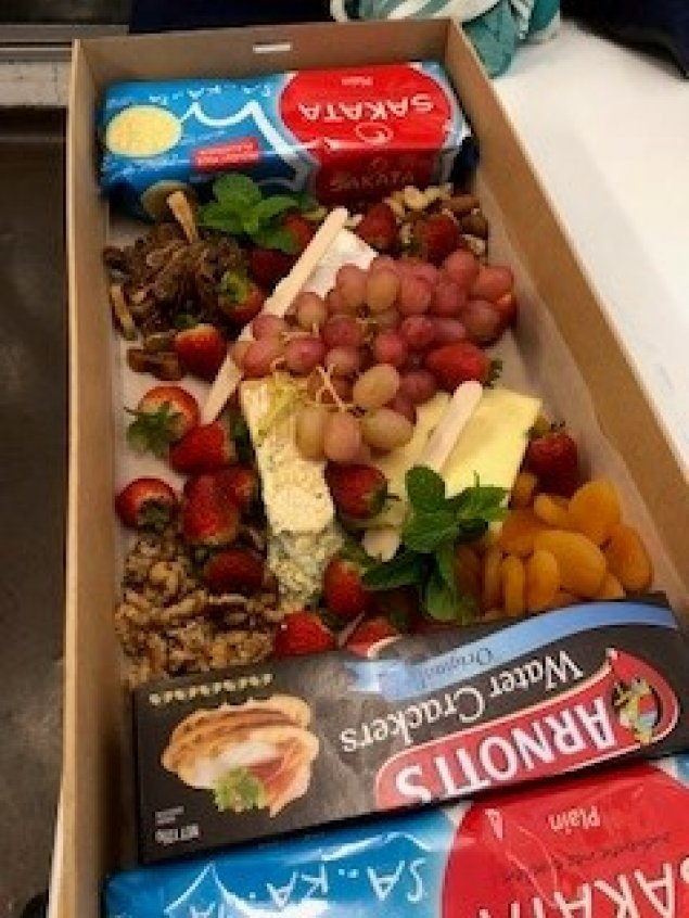 Cheese and Fruit (medium)