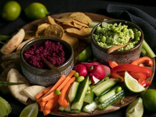 Dips, Crudities and Corn Chips (Large)